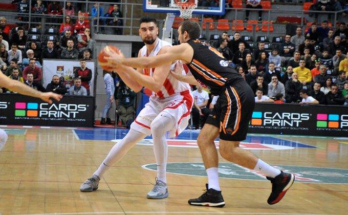 Bivši centar Crvene zvezde karijeru nastavlja u Španiji