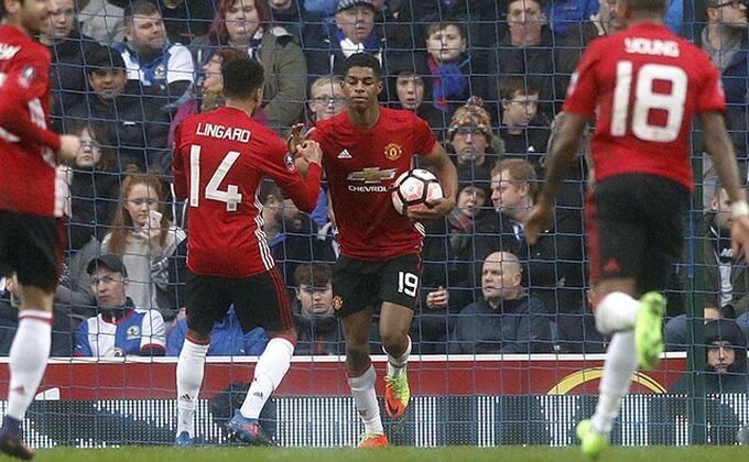 Liga kup - 18-godišnjak pogurao Arsenal, Junajted u 1/4 finalu, blamaža Palasa