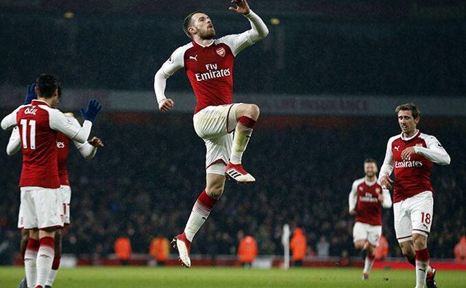 PL: Rapsodija Arsenala, Aleksis je istorija, Remzi nosi loptu kući