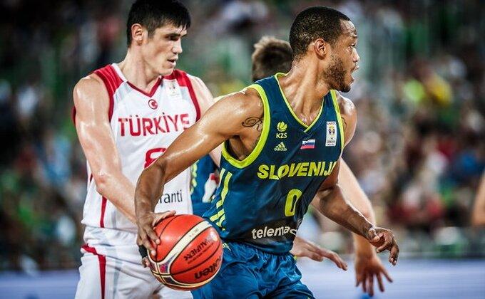 SP (kval.) - Šampion Evrope daleko od Kine, Crna Gora čuva nadu
