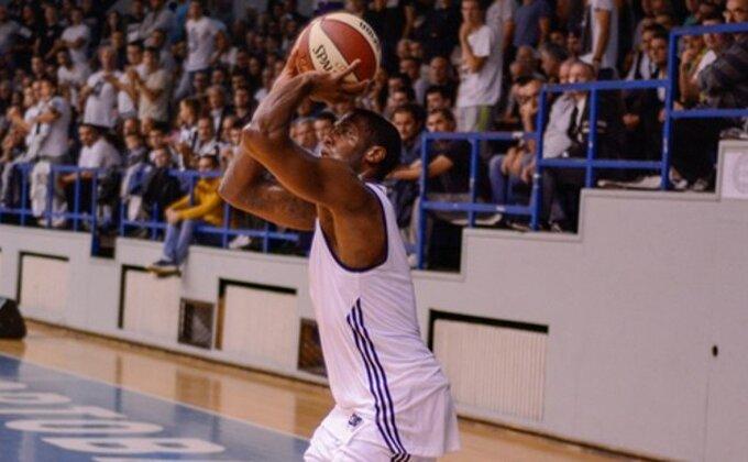 To je Partizan - Robinsonu stižu poruke podrške!