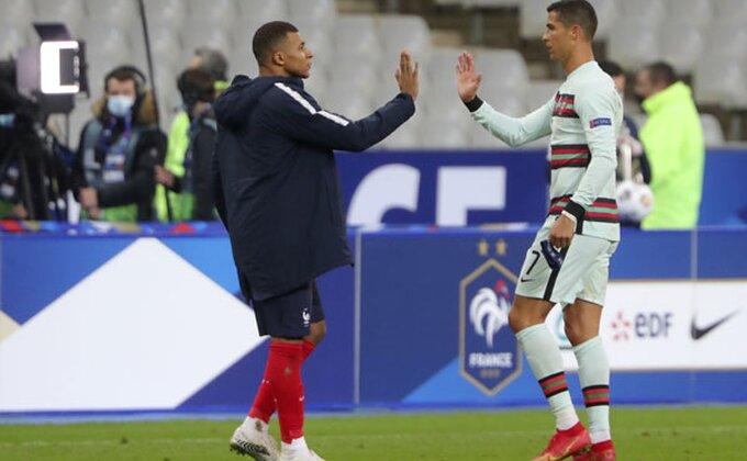 Ronaldo pred odlukom karijere, počela je trka udvoje!