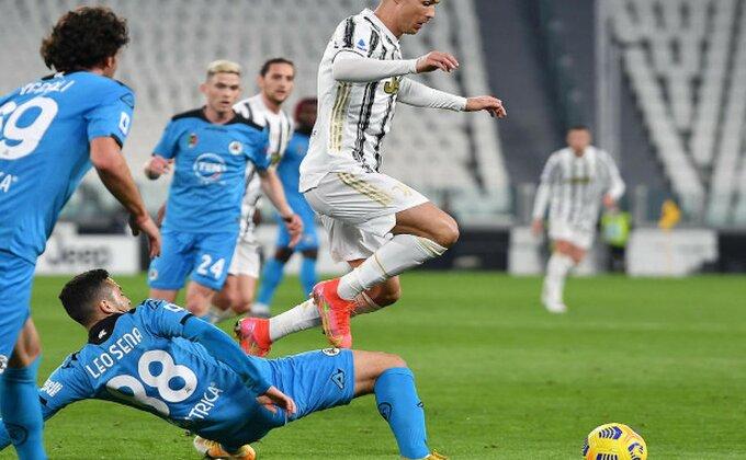 Šok za navijače Juventusa, Ronaldo na klupi kad mu vreme nije!