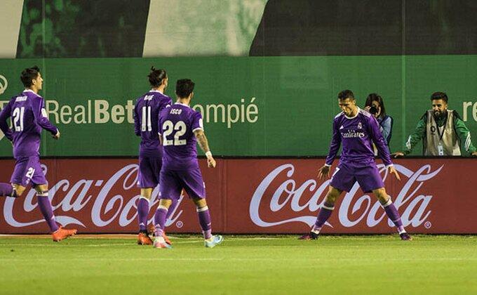 """Primera - Real """"diše za vrat"""" Atletiku, Madriđani brojali do 13!"""