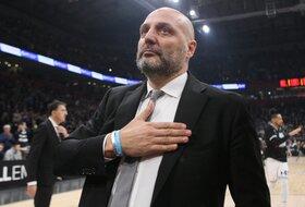 Prvi poraz Đorđevića, Fener izgubio od gradskog rivala