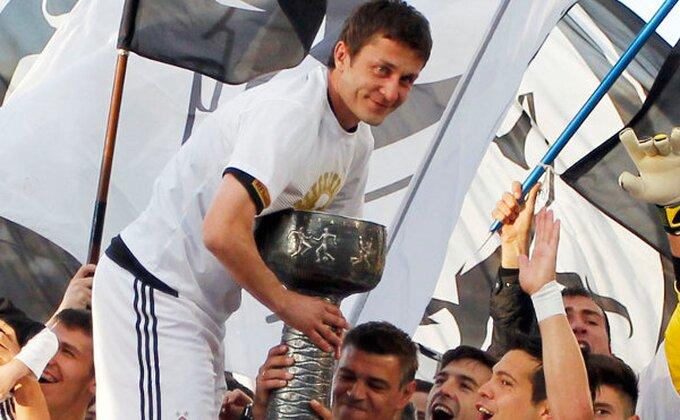 Saša Ilić na korak od kote 700!