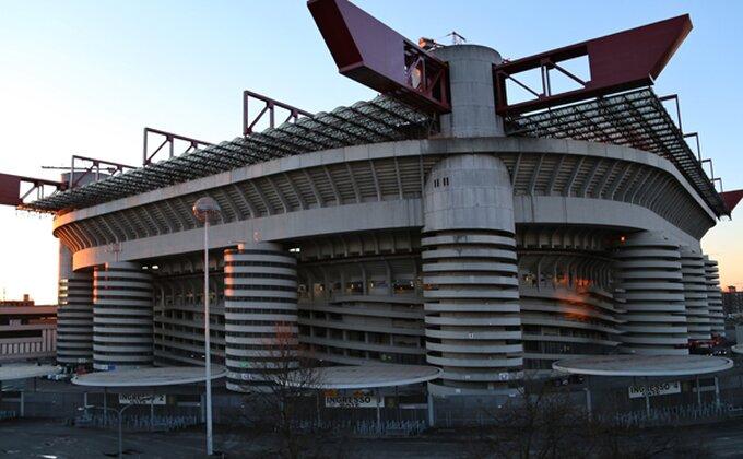 Milan prelomio, stiže pojačanje iz Barselone?