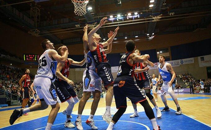 ACB - Laboral ubedljiv na startu sezone