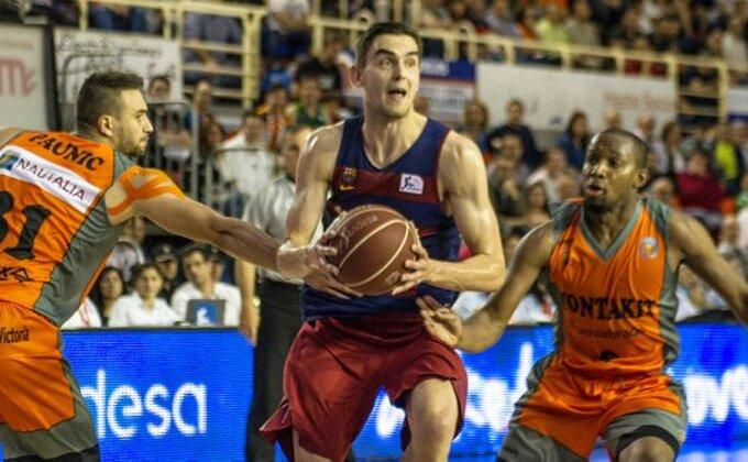 ACB - Barsa u polufinalu, Real poražen u Mursiji