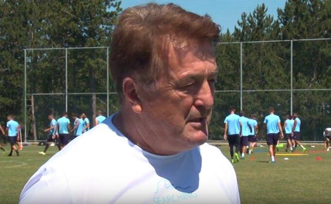 """""""Mister"""" na treningu Rada - O srpskom fudbalu, Zvezdinom lošem putu, reprezentaciji..."""