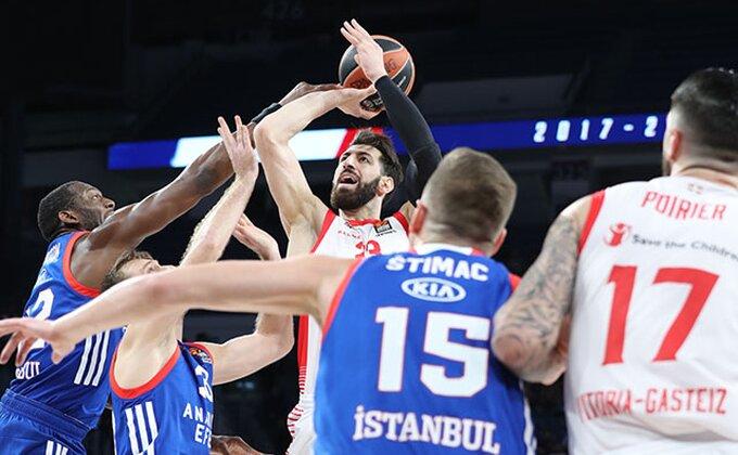 """EL: Efes iznenadio prvaka Španije, CSKA bolji u derbiju, """"Ćaćo"""" presudio svojima"""