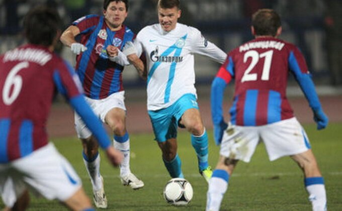 Rusija - Anži posustaje, Keržakov spasao Zenit