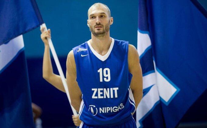 VTB - Zenit sprečio iznenađenje, Simon se baš ispromašivao