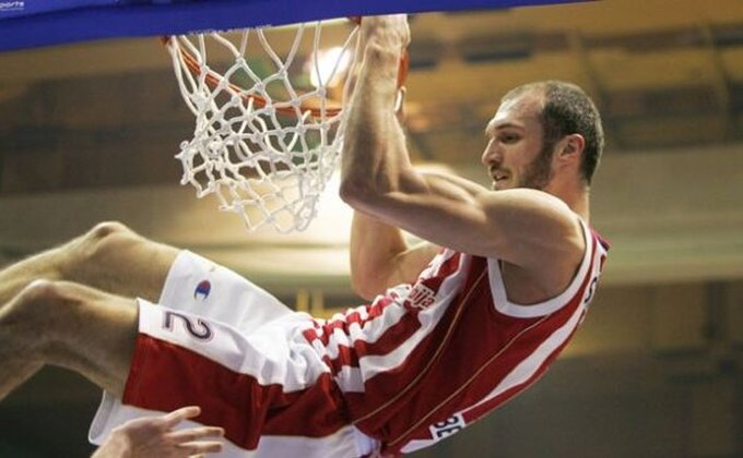 Zvezda zadala novi udarac Partizanu!