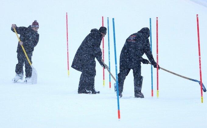 Srećno, Marko! Prvi srpski skijaš u Kicbilu!