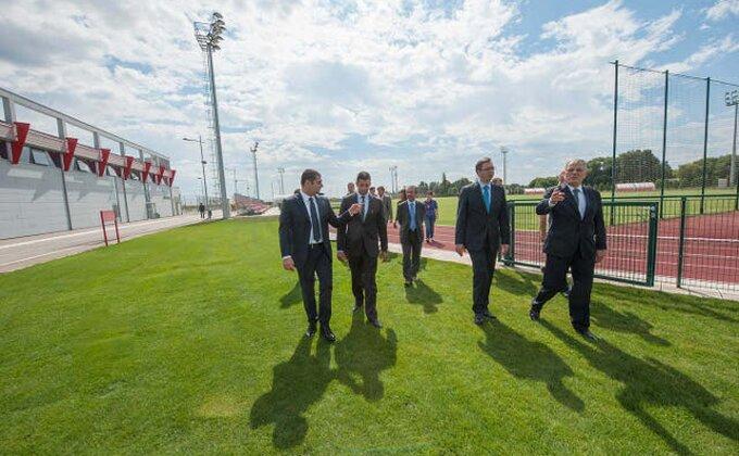 Tole iz Niona donosi projekat Nacionalnog stadiona