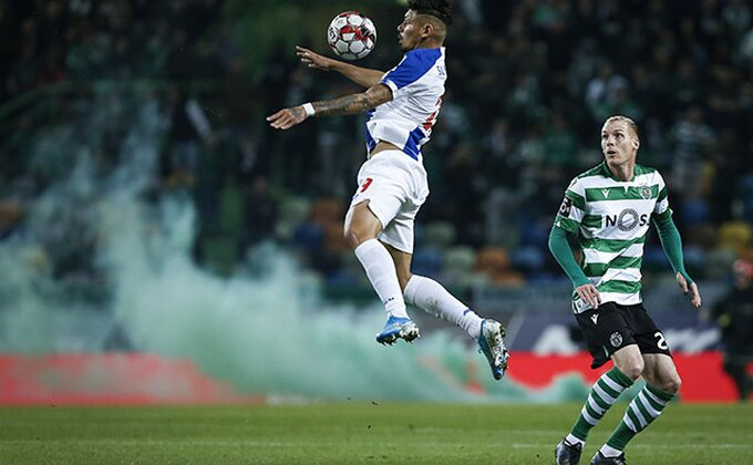 Sporting protiv Portoa - Sneg, dečko koji skuplja lopte i naravno Žardel