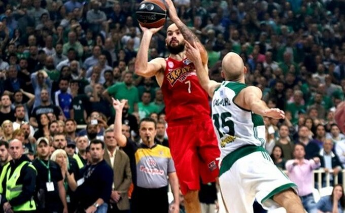 EL - 'Braća' odigrala za Zvezdu, Atina pripada Olimpijakosu!