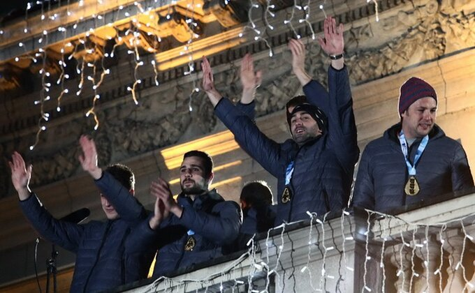 Hiljade ljudi pozdravilo šampione Evrope ispred Skupštine!