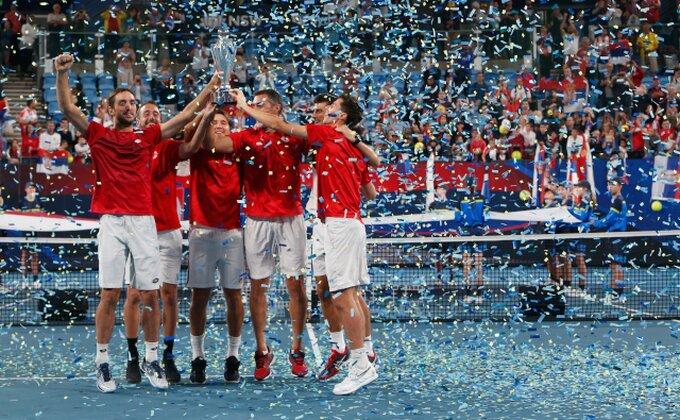 Pojavio se snimak iz svlačionice, ovako Srbi slave titulu!