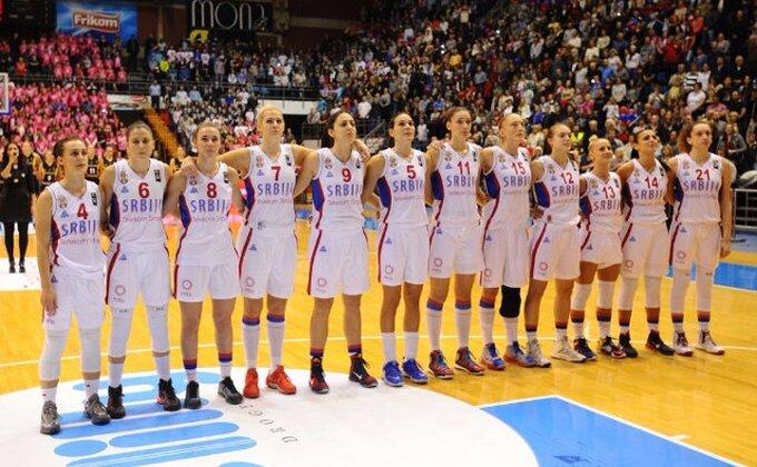 Košarkašice častile publiku šampionskim plesom