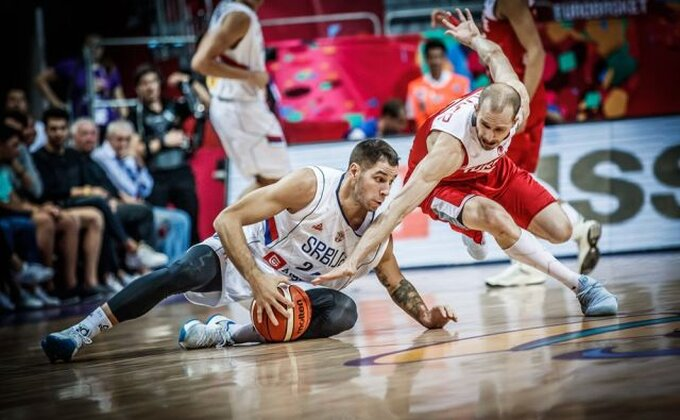 Snimak Jovića iz svlačionice nakon meča će vas inspirisati i učiniti ponosnim na Srbiju!