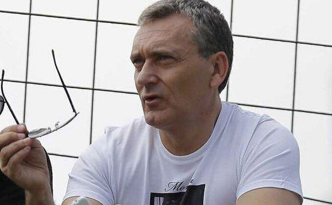 Stojadinović se pita!