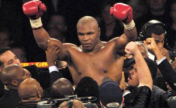 Vraća se Majk Tajson u ring!
