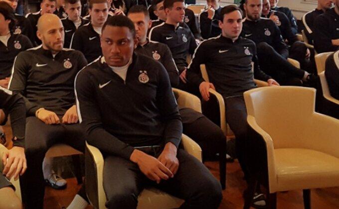 """Tavamba za """"Sportske"""" - Ostaje li u Partizanu ili ne?!"""