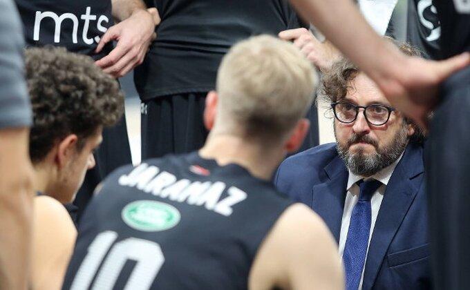 Poluvreme - Partizan vodi, ali navijači prepoznaju probleme (TVITOVI)