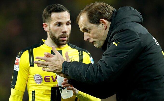 Da li to Dortmund menja trenera?