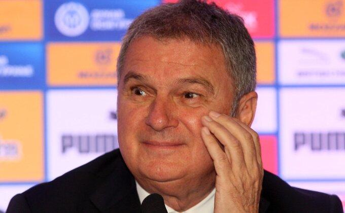 Nestrpljivo čekamo podne, Tumba je u sedištu UEFA, hoće li se vratiti sa dobrim vestima?