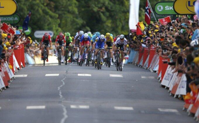 Roglič pobednik četvrte etape, Alafilip zadržao žutu majicu na Tur d'Fransu