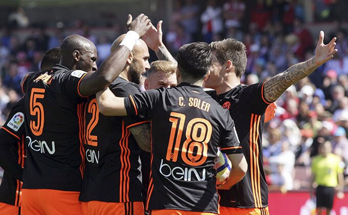 Ludnica u Sevilji - Valensija strepela posle 4:0, prati Barsu, beži Realu!