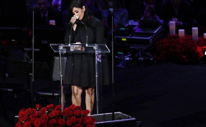 Večeras je plakao Stejpls centar, Vanesa Brajant održala najemotivniji govor ikada...
