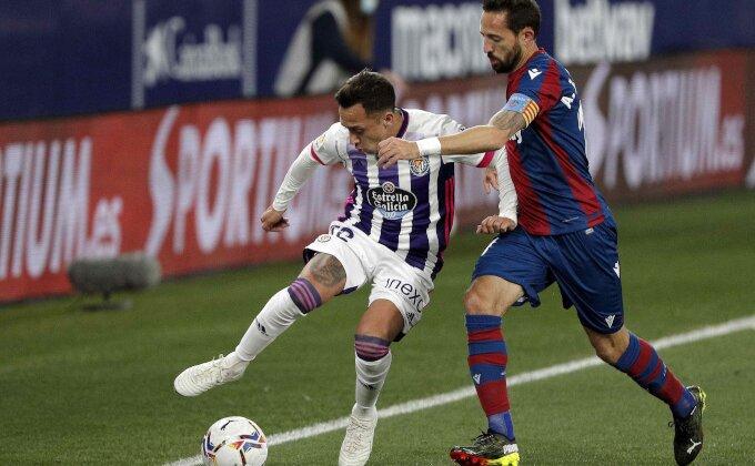 Primera - Levanteu bod protiv Valjadolida, Radoja asistent!