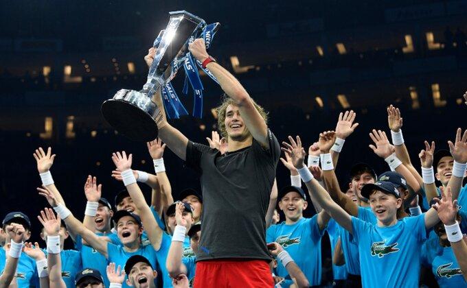 """Zverev otkrio: """"Nole, hvala ti što si me pustio da osvojim trofej..."""""""