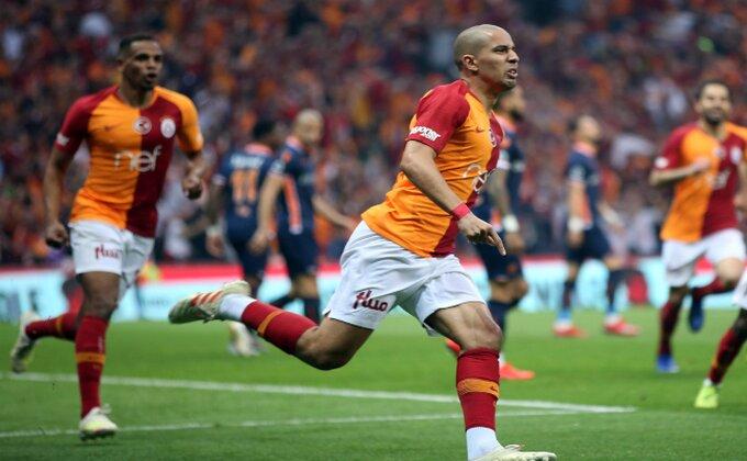 Kakva ludnica u Turskoj - Galatasaraj gubio titulu na svom terenu, a onda se pojavio Feguli!