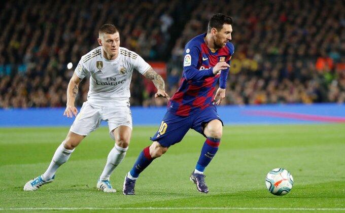 Ni Mesi ni Ronaldo, ko je najbolji strelac godine?