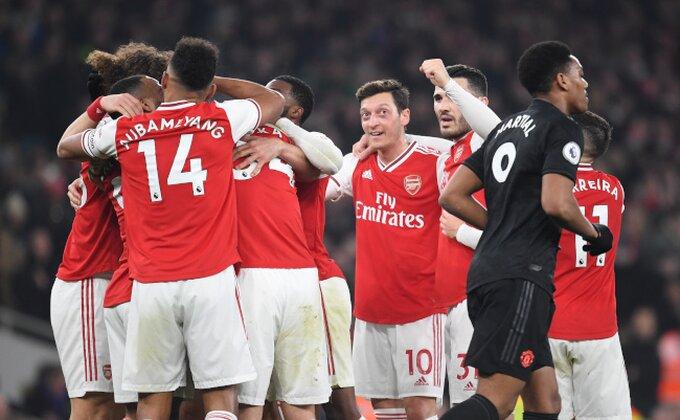 Hronika Arsenala Mikela Artete - Ozilu se u kilometre (ne) gleda