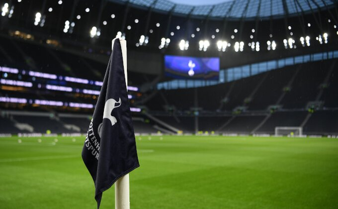 Fešta u Engleskoj - Vraćaju se navijači u Premijer ligi