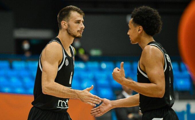 Poluvreme: ''Grobari'' u hali, Partizan od očaja do NBA poteza! Novajlija oduševio!