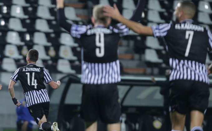 Žile heroj, lob sa 30 metara u 96. minutu! PAOK u finalu Kupa!