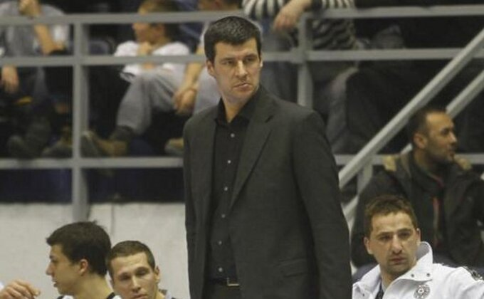 Božić: ''Jako bolan poraz'', Jovanović: ''Previše promašenih bacanja...''