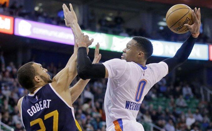 Luda NBA noć, favoriti padali kao snoplje, Vestbukova simultanka!