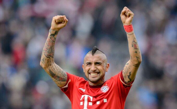 Vidal prihvata kritike i mašta o Ligi šampiona