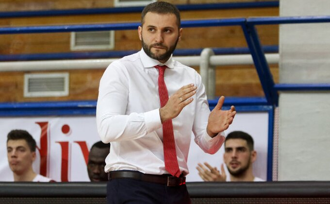 Trener FMP-a oduševljen svojim igračima posle pobede nad Partizanom!