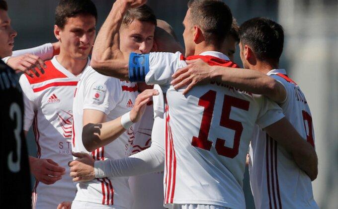 """Superliga: Važne pobede """"davljenika"""", petarda u Kruševcu!"""