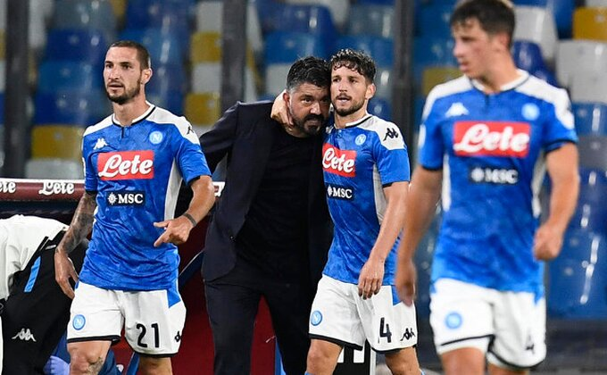 """Sari protiv """"svojih"""" - Samo jedna promena, Napoli na sve ili ništa!"""