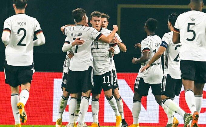 """""""Panceri"""" bolji od Čeha, """"Lale"""" i """"Furija"""" miroljubivo, a pravo pitanje je zašto su Portugalci igrali ovakvu utakmicu!"""